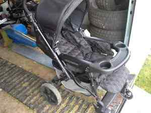 Poussette peg perego uno+coquille