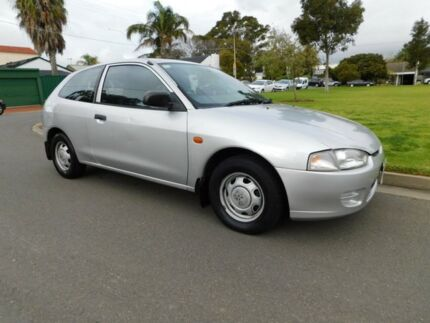 1997 Mitsubishi Mirage CE Silver 4 Speed Automatic Hatchback