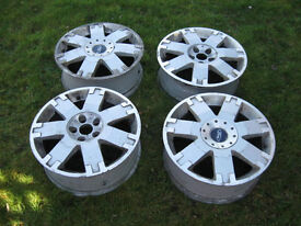 """Ford 17"""" alloys 5 stud were fited to Kangoo a bit scaby but super cheep at £5 each"""