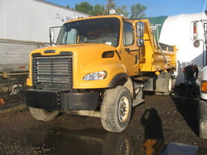 2012 Freightliner Automatic Single Axle  Dump Truck