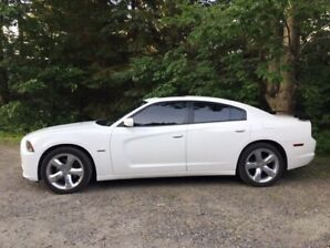 2011 Doge Charger R/T for sale