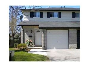 UPDATED SEMI DETACHED FOR RENT IN CENTRAL BARRIE
