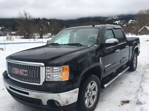 2013 GMC Sierra 1500 SLT Fully Loaded Every Option Exclnt Cond