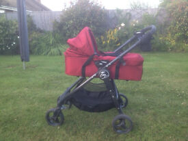 BABY JOGGER PRAM/PUSHCHAIR COMBINATION - BARGAIN PRICE