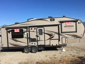 2013 Rockwood Ultralite Fifth Wheel RV Trailer