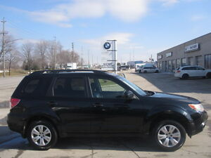 LIKE NEW !!!  2009 SUBARU FORESTER