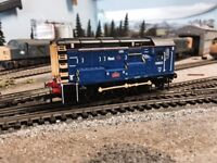 HORNBY CLASS 08822 LOCO - FIRST GROUP LIVERY