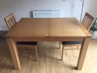 Solid wood Dining Room Table and chairs for sale *From RAPID* (only 5 months old)