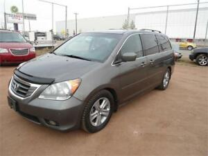 2008 Honda Odyssey Touring/DVD/Nav/Leather/Sunroof/Remote Start