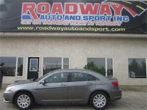 2012 Chrysler 200 LX  PST Paid!