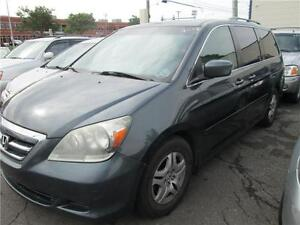 honda odyssey 2006 8places,leather,roof,full load