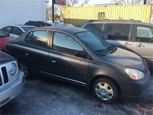 toyota echo 2006 $2495. carte credit accepter 514-793-0833