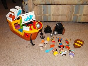 fisher price little people et loving family sets