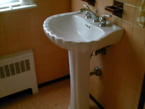 Pedestal Sink and Taps for Sale