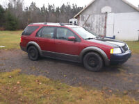 2005 Ford FreeStyle/Taurus X SUV, Crossover ( 7 Passenger)