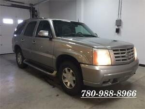 2002 Cadillac Escalade Luxury AWD, Leather, Sunroof, 8 passenger