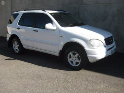 2001 Mercedes-Benz ML320 W163 MY2002 Classic White 5 Speed Sports Automatic Wagon