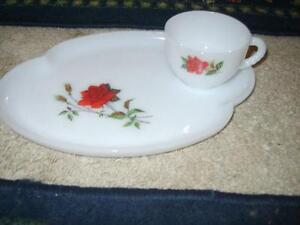 Vintage set of Cottage chic red roses  plates &cups