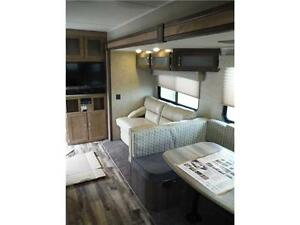 2017 Puma 39BHT 2 bedroom Park model Trailer - 3 power slideouts Stratford Kitchener Area image 8