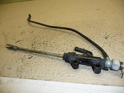 1998  Metro  Used   Brake  Master  Cylinder