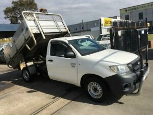 2011 Toyota Hilux TGN16R MY11 Upgrade Workmate 5 Speed Manual Cab Chassis Lidcombe Auburn Area Preview