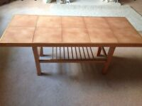 Retro Solid Wood Coffee Table with Tiled top