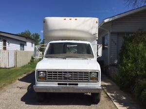 1988 Ford E-350 cube van Other