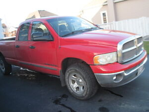 2002 Dodge Power Ram 1500 propre Camionnette