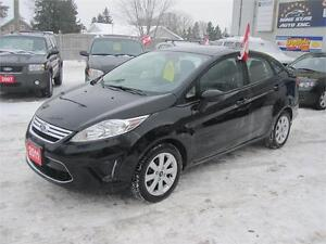 2011 Ford Fiesta SE  NO ACCIDENTS  NO RUST  LOADED WITH OPTIONS Kitchener / Waterloo Kitchener Area image 3