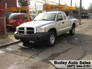 2006 DODGE DAKOTA ST EXTENDED CAB. 2X4