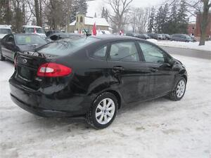 2011 Ford Fiesta SE  NO ACCIDENTS  NO RUST  LOADED WITH OPTIONS Kitchener / Waterloo Kitchener Area image 6