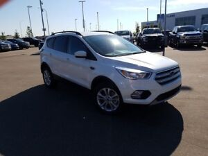 2018 Ford Escape SE-1.5L EcoBoost Engine, 4WD, Heated Seats, Rev