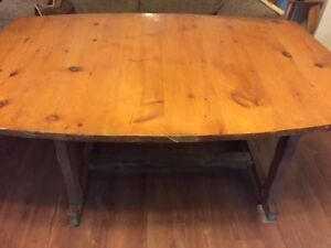 Rustic Pine Harvest Table with 6 Chairs