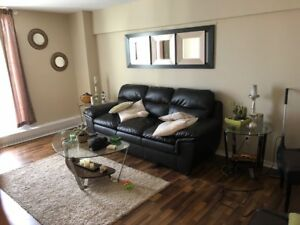 Looking to sublet my 3 bedroom town house for october 1