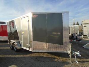 """19' ALL ALUMINUM DRIVE IN/OUT SPORT TRAILER W/ 6"""" EXTRA HEIGHT!! London Ontario image 3"""