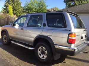 1999 Nissan Pathfinder - Great Condition ( South Vancouver)