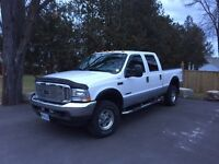 2002 FORD F350 7.3 L diesel. Fully loaded Lariat