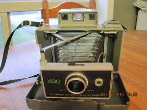 Vintage 430 Polaroid Automatic Land Camera & Cold Clips