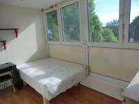Double room in friendly house for single use £155pw with all included and free WIFi