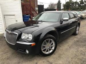 2010 Chrysler 300 LIMITED AWD CUIR / TOIT OUV / MAGS *PROPRE* !!