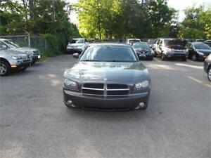 2010 Dodge Charger SXT very clean car, certified, leather seats