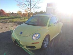 2008 VOLKSWAGEN NEW BEETLE COUPE - LOW KM - 5SPD - LEATHER