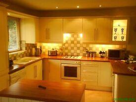 Modernised one large double bedroom top floor flat with garage in quiet part of Corfe Mullen