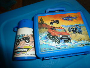 MICRO MACHINES LUNCH BOX AND THERMOS