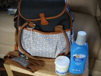 Babymoov Style Changing bag with accessories - NEW