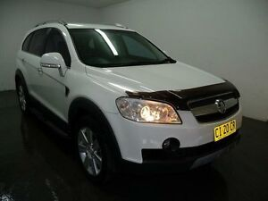 2009 Holden Captiva CG LX White Sports Automatic Wagon Blair Athol Campbelltown Area Preview