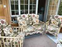 Conservatory furniture - sofa, 2 chairs, table & 2 stools