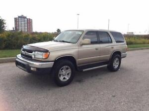 2002 TOYOTA 4RUNNER SR5 SUV CROSSOVER **FINANCING AVAILABLE**