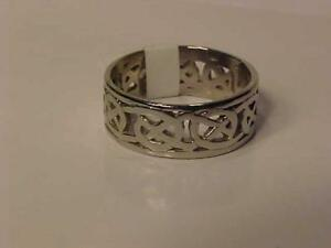 #3215-10K WHITE GOLD NICELY DESIGNED RING-SIZE 8 1/4--SHIPPING in Canada only Free Layaway  Just $165.00