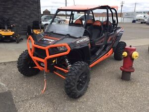 FRESH TRADE - RZR 1000 XP 4 SEATER w/LOW KM'S!